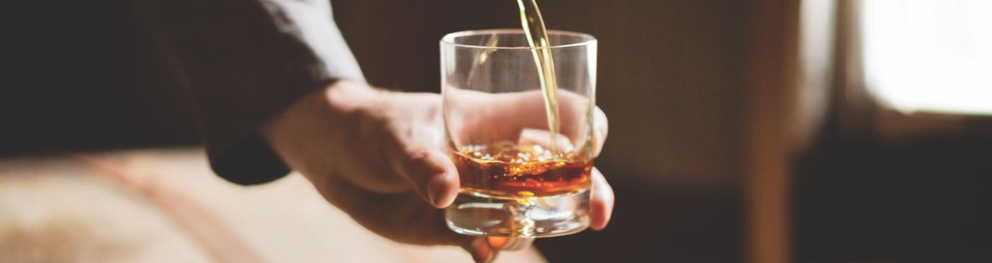 KNOB CREEK Bourbon Distillery